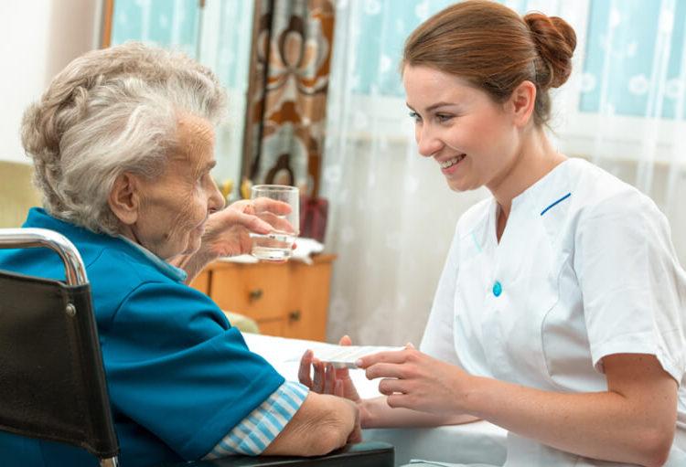 Aider un patient en soins palliatifs à son domicile est très difficile