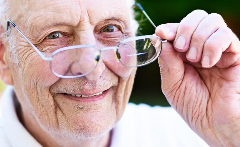 Les troubles de la vision, symptôme du vieillissement