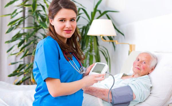 Comment gère-t-on un patient en fin de vie dans son lieu de vie habituel ?