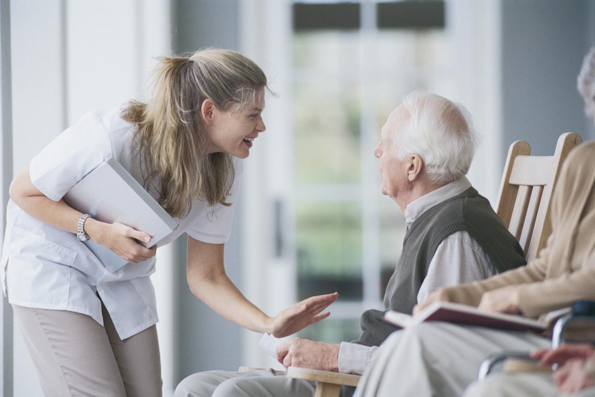 Quel est le cadre réglementaire de la médicalisation des personnes en fin de vie ?