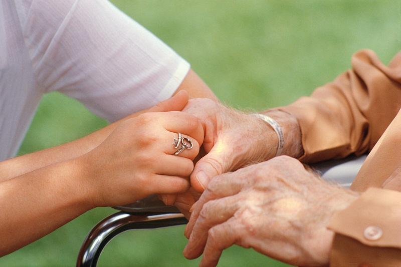 Quelles sont les missions des associations de soins palliatifs ?