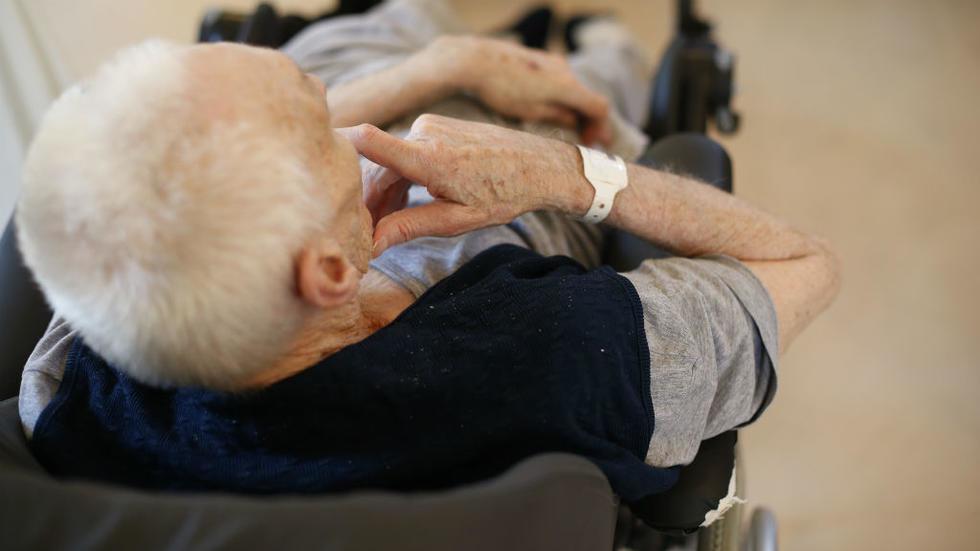 Quelles sont les nouvelles dispositions modifiant la loi Leonetti sur la fin de vie ?